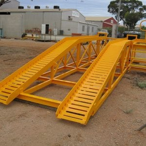 Heavy duty wash ramp for light vehicles