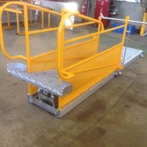 Hot seat change cattle ramps