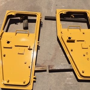 CAT R2900 Cabin Door
