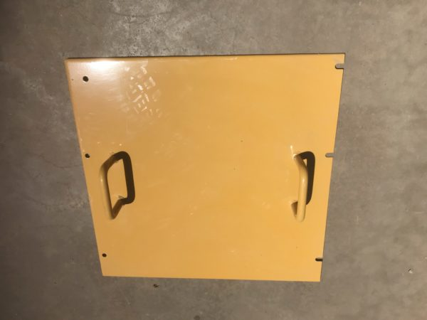 Cat 793 haul truck battery box lid