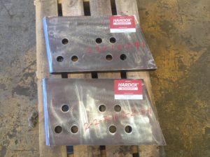 Dozer Blade weld-in corner tip - CAT D10